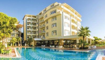 Hotel Avri ****