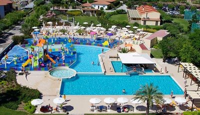CRONWELL PLATAMON RESORT*****
