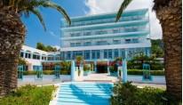 BELAIR BEACH HOTEL ****